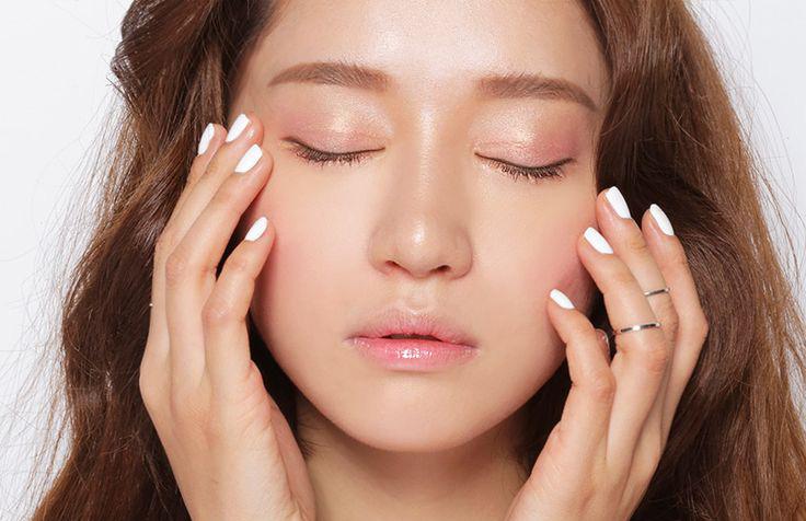Makeup: Mất công dưỡng da mà bỏ qua 5 điều này thì ''xấu vẫn hoàn xấu