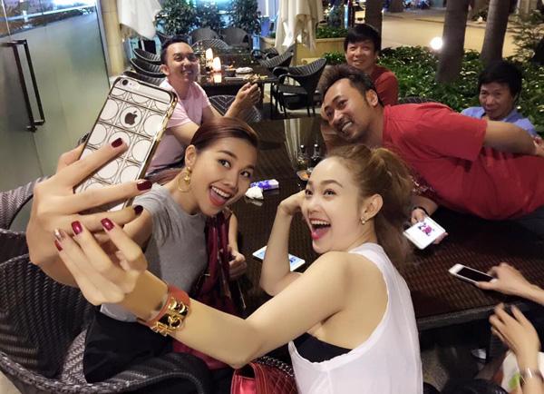 Bạn đã biết hết những kẻ chuyên phá bĩnh hình ảnh của showbiz Việt chưa? - ảnh 2