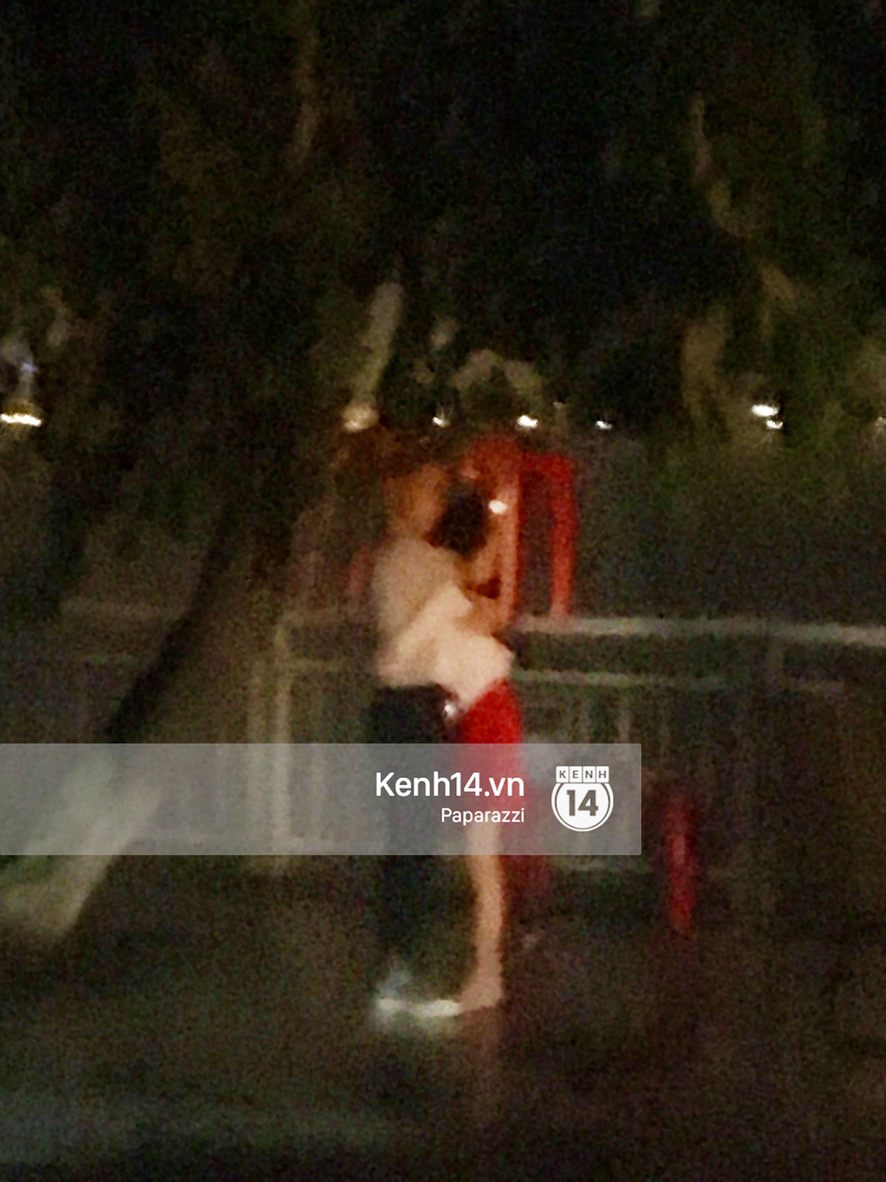 Sao trẻ: HOT: Cứ nghĩ đang lưu luyến Châu Bùi, nhưng Decao đã... đội bàn hôn Vũ Ngọc Châm dưới mưa