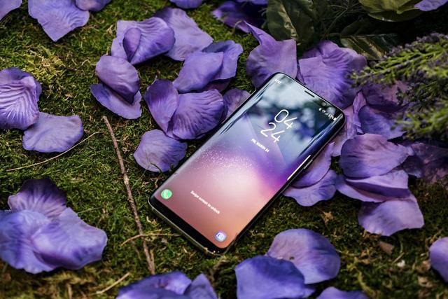 Siêu phẩm điện thoại mới của Samsung Galaxy S8/S8+ sẽ có giá tại việt nam