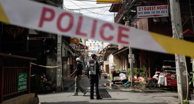 Cặp đôi đồng tính bị đánh thuốc mê, hiếp dâm và cướp trong kỳ nghỉ tại Thái Lan - Ảnh 1.
