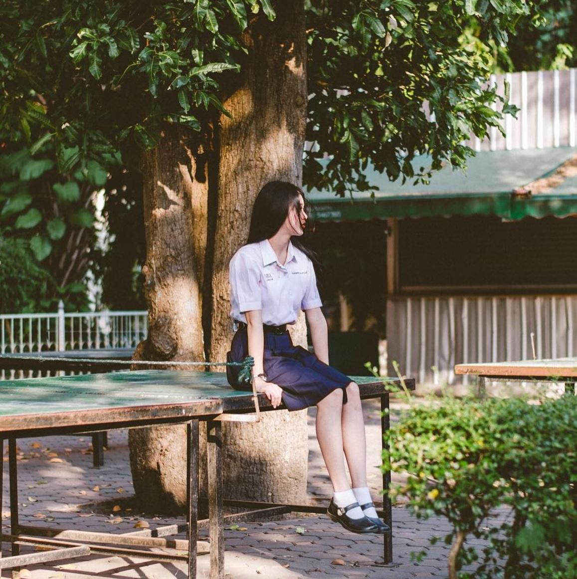 Đời sống: Chỉ cần diện đồng phục học sinh thôi, cô bạn Thái Lan sinh 2000 đã xinh hết phần người ta!