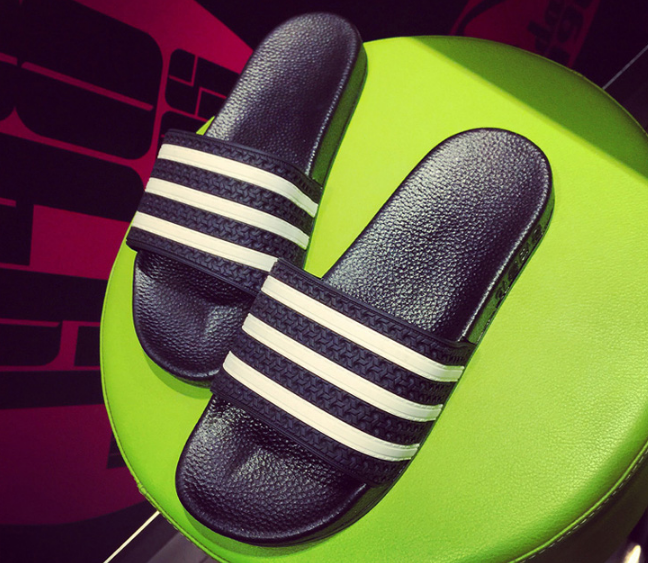 Trước khi có giày ngoại, thiên hạ này vẫn là của sandal Bitis, giày Bata Thượng Đình... - Ảnh 17.