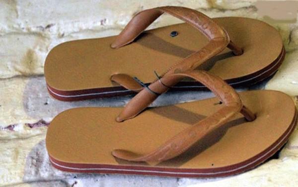 Trước khi có giày ngoại, thiên hạ này vẫn là của sandal Bitis, giày Bata Thượng Đình... - Ảnh 11.