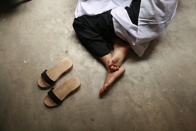 Trước khi có giày ngoại, thiên hạ này vẫn là của sandal Bitis, giày Bata Thượng Đình... - Ảnh 13.