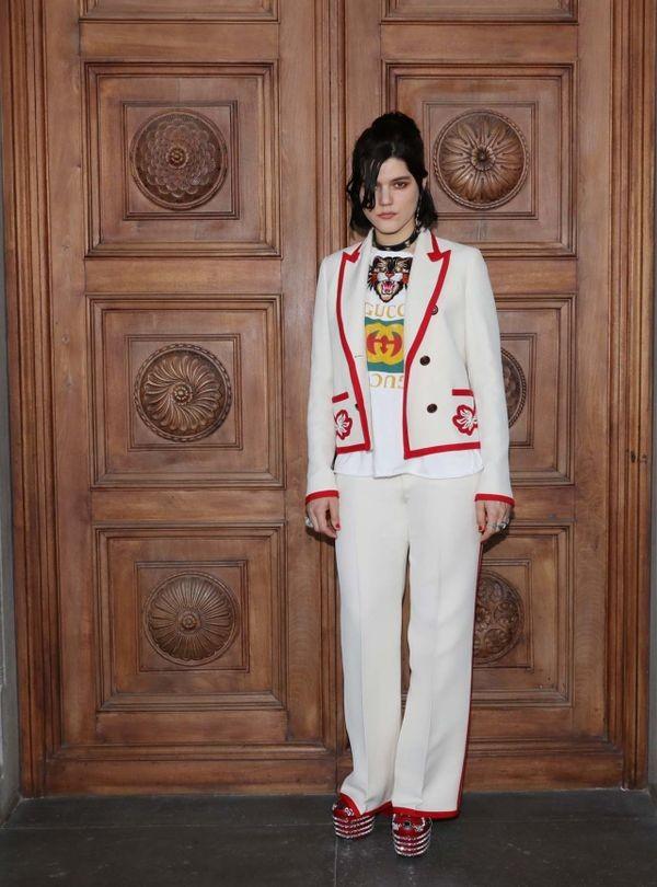 Dự show Gucci, Sooyoung (SNSD) không bị lọt thỏm giữa dàn sao quốc tế nhờ mặc sexy - Ảnh 7.