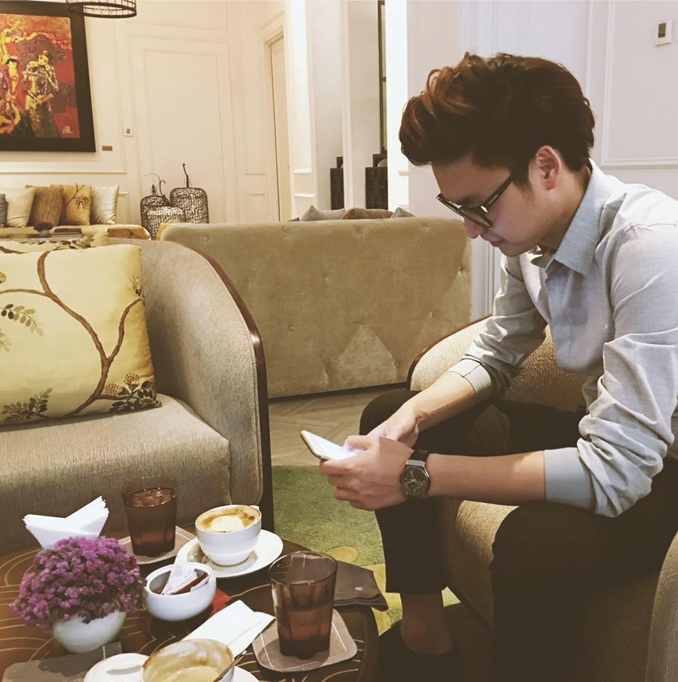 Sao Việt: Đây chính là chàng người yêu điển trai mà Văn Mai Hương cất công giấu mặt bấy ...