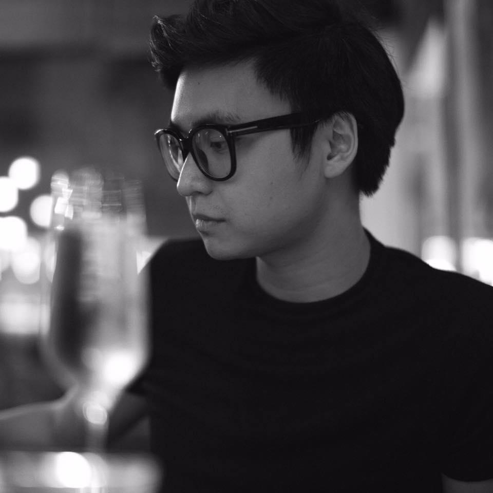 Sao Việt: Đây chính là chàng người yêu điển trai mà Văn Mai Hương cất công giấu mặt bấy lâu nay?