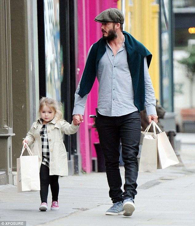Harper Beckham: Công chúa tí hon trong vòng tay bố khiến cả thế giới phát cuồng giờ đã thành cô bé 6 tuổi phổng phao! - Ảnh 14.