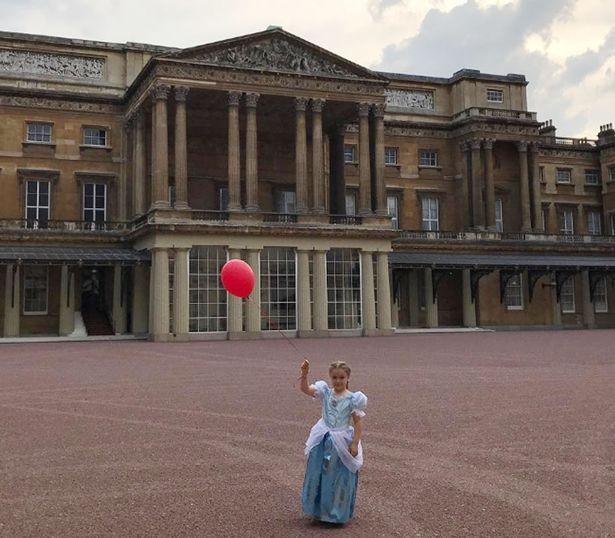 Bị chỉ trích vì tổ chức sinh nhật Harper trong Cung điện Hoàng gia, David Beckham nói gì? - Ảnh 2.