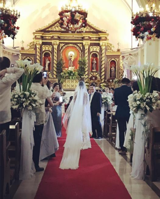 Thêm hình ảnh hiếm hoi bên trong đám cưới hoa lệ, sang chảnh của chị chồng Tăng Thanh Hà - Ảnh 2.