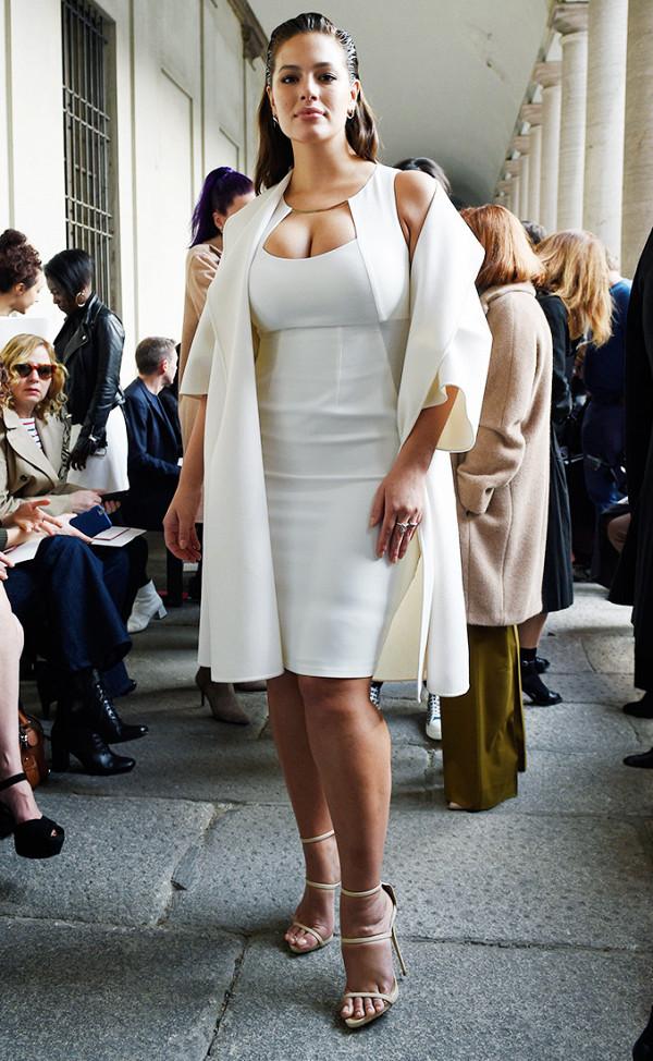 Hồ Ngọc Hà lọt Top mặc đẹp nhất Milan, sánh ngang với Gigi Hadid & Kendall Jenner - Ảnh 13.