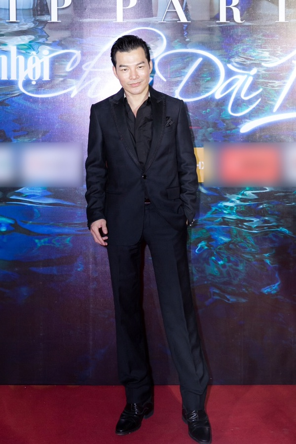 Ngọc Trinh ngọt ngào, Quỳnh Thư bốc lửa hội ngộ dàn sao tại tiệc VIP - Ảnh 18.