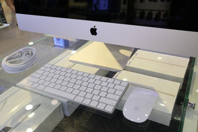 Mở hộp iMac 27 inch Retina 5K 2017 đầu tiên tại Việt Nam: Kiểu dáng không đổi, nâng cấp cấu hình và màn hình, giá 44 triệu đồng - Ảnh 11.