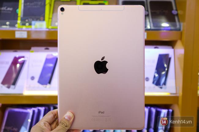 Trên tay iPad Pro 10,5-inch tại Việt Nam: Tất cả đều tuyệt nhưng đỉnh nhất là màn hình - Ảnh 7.