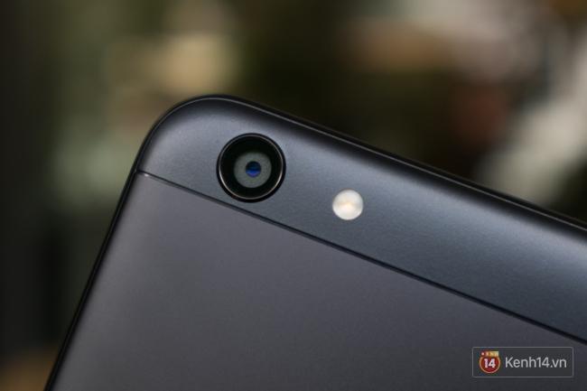 Trên tay điện thoại OPPO F3 phiên bản Sơn Tùng M-TP: giá 6.990.000 đồng, số lượng giới hạn chỉ 300 máy - Ảnh 9.