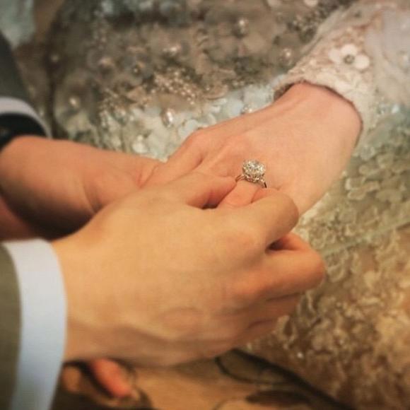Có ai như minh tinh Thái Chompoo: Đám cưới 70 tỉ đồng, giờ hạ sinh quý tử sinh đôi cho chồng đại gia - Ảnh 7.