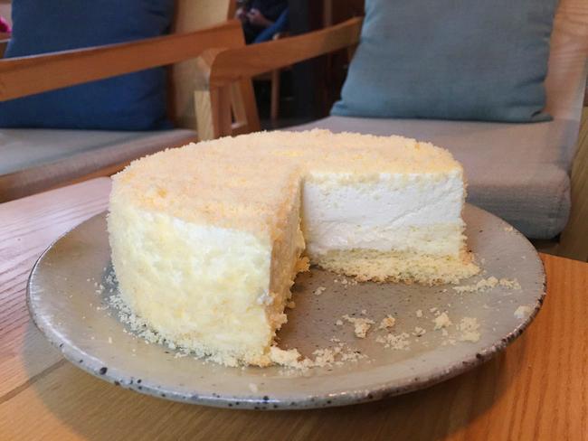 Bỏ gần 500.000 đồng ăn bánh LeTao Cheese Cake đình đám: Có gì khác biệt và có cần đắt đến thế không? - Ảnh 6.