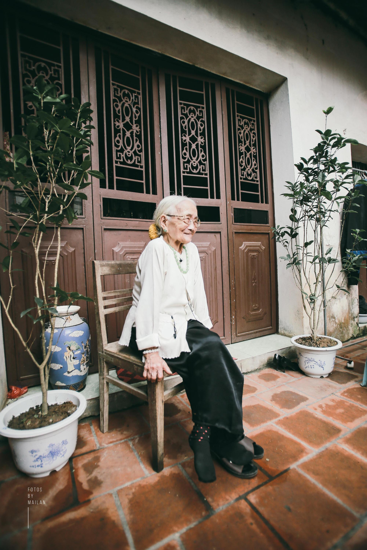 Bài học tình yêu từ cụ bà 94 tuổi, chờ chồng 50 năm mà vẫn mỉm cười khi chồng trở về với người vợ mới - Ảnh 6.