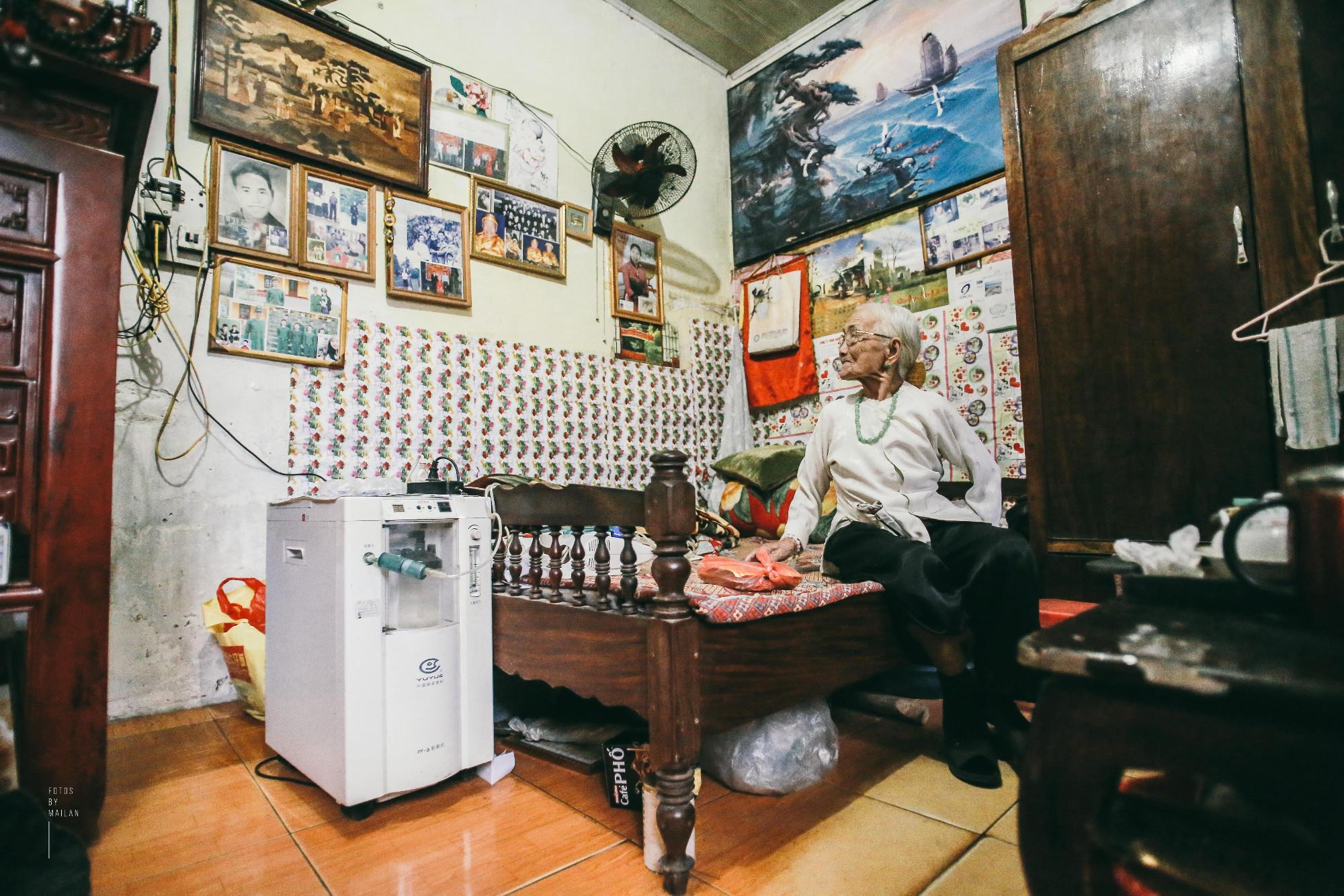 Bài học tình yêu từ cụ bà 94 tuổi, chờ chồng 50 năm mà vẫn mỉm cười khi chồng trở về với người vợ mới - Ảnh 7.