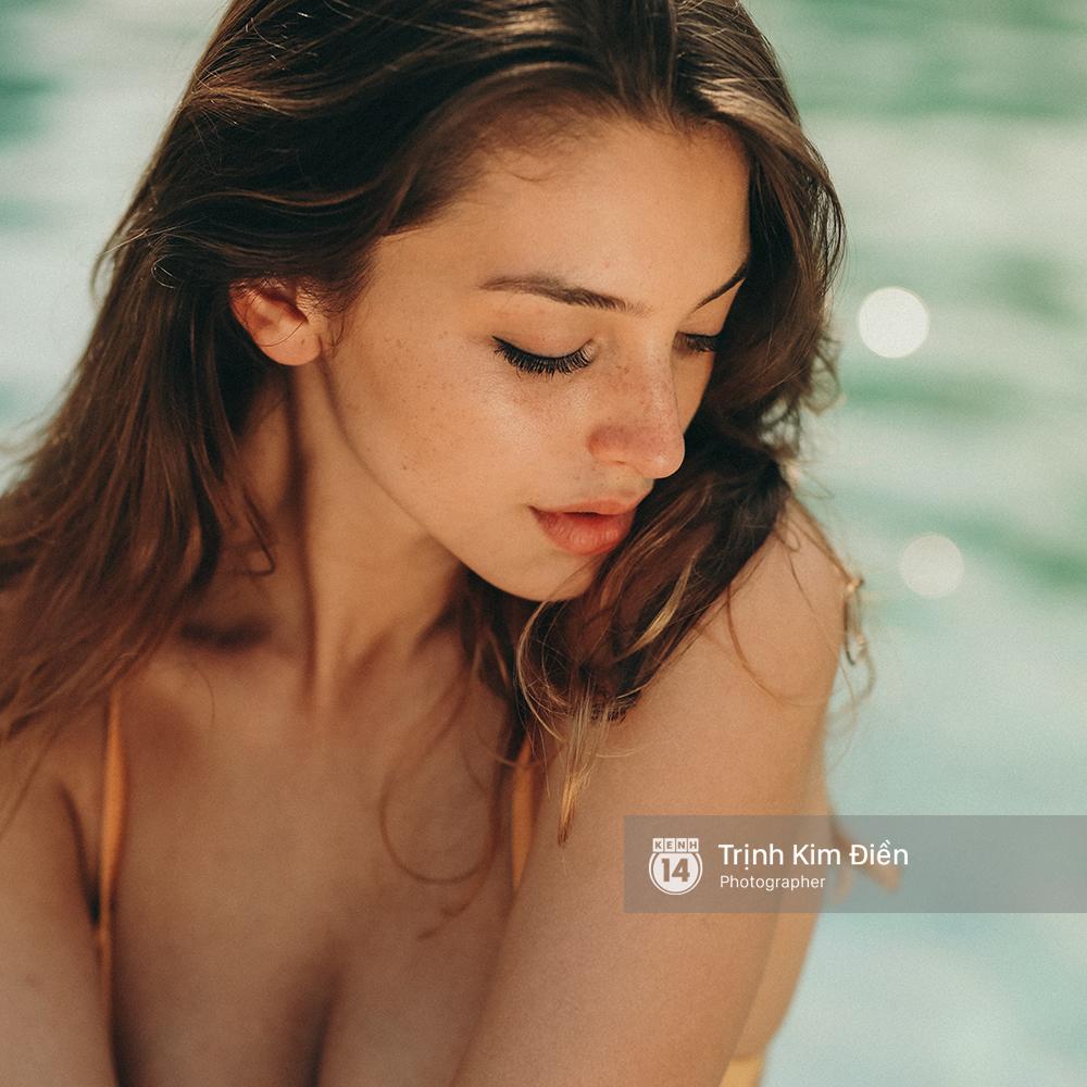 Sao Trẻ: Cận cảnh khuôn mặt xinh đẹp và thân hình nóng bỏng chết người của cô nàng Celine Farach!