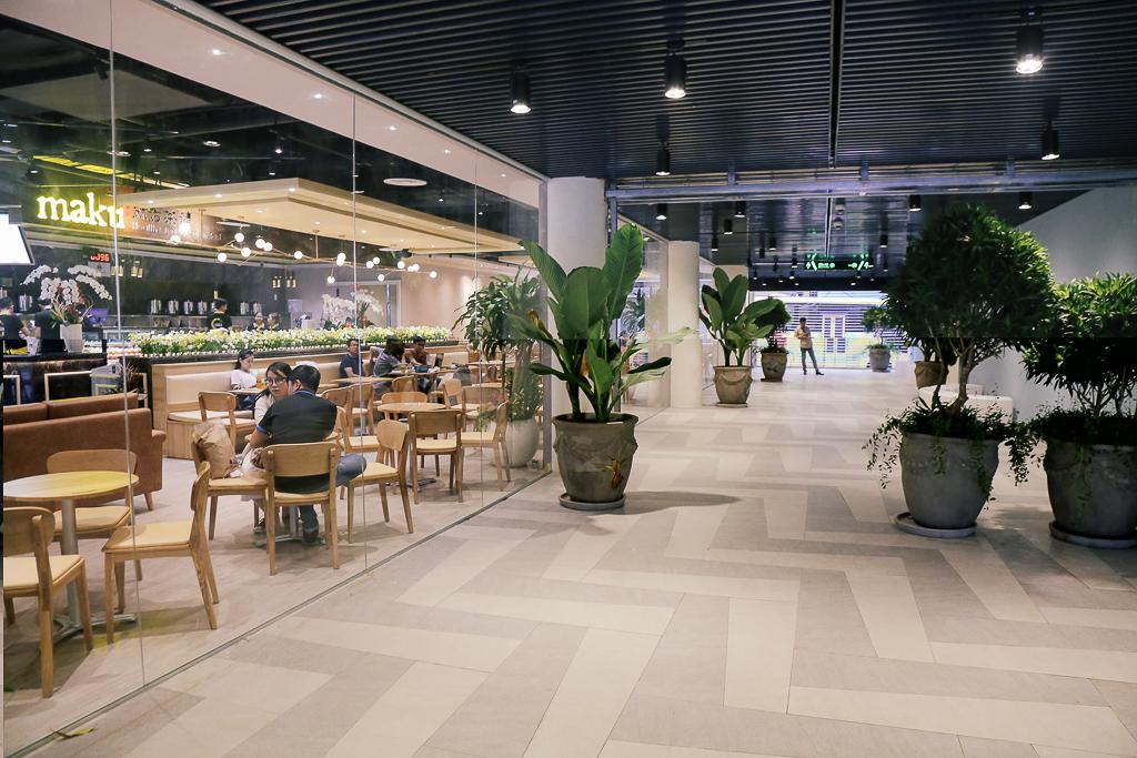 """Sau 20 năm bỏ hoang với những lời đồn đoán rùng rợn, Thuận Kiều Plaza đã """"hồi sinh"""" và sầm uất đến nhường này - Ảnh 7."""