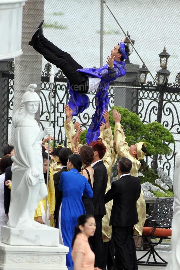 Những khoảnh khắc tác nghiệp đáng nhớ trong đám cưới cách đây 5 năm của Tăng Thanh Hà và Louis Nguyễn - Ảnh 13.