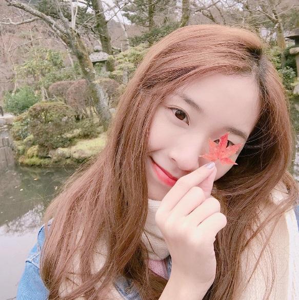 Nữ sinh Thái Lan nổi tiếng vì có gương mặt giống Yoona (SNSD) - ảnh 1