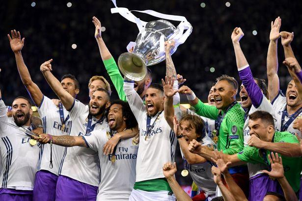Không phải Real hay Barca, Man Utd mới là CLB có giá trị lớn nhất thế giới - Ảnh 2.