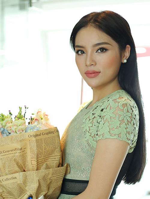 Những sao Việt phẫu thuật thẩm mỹ trong năm 2016: Người thành công - Kẻ thành thảm họa - Ảnh 4.
