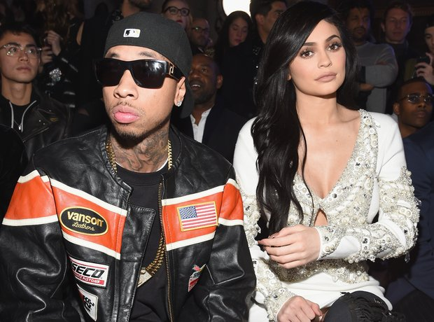 Vì sao Kylie Jenner có thể thành tỷ phú USD giàu sụ ở tuổi 25 chỉ nhờ sự nổi tiếng và thị phi? - Ảnh 6.