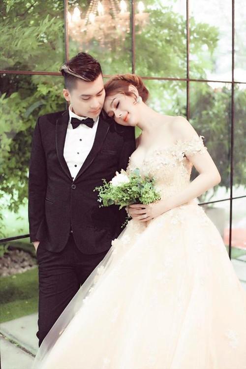 Chưa chính thức làm dâu, Lâm Khánh Chi đã được bố mẹ chồng hết mực cưng chiều - Ảnh 3.