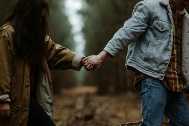 Tâm sự của chàng trai 29 tuổi và suy ngẫm: Khi còn trẻ, chẳng thể trọn vẹn được tình yêu lẫn sự nghiệp đâu! - Ảnh 2.