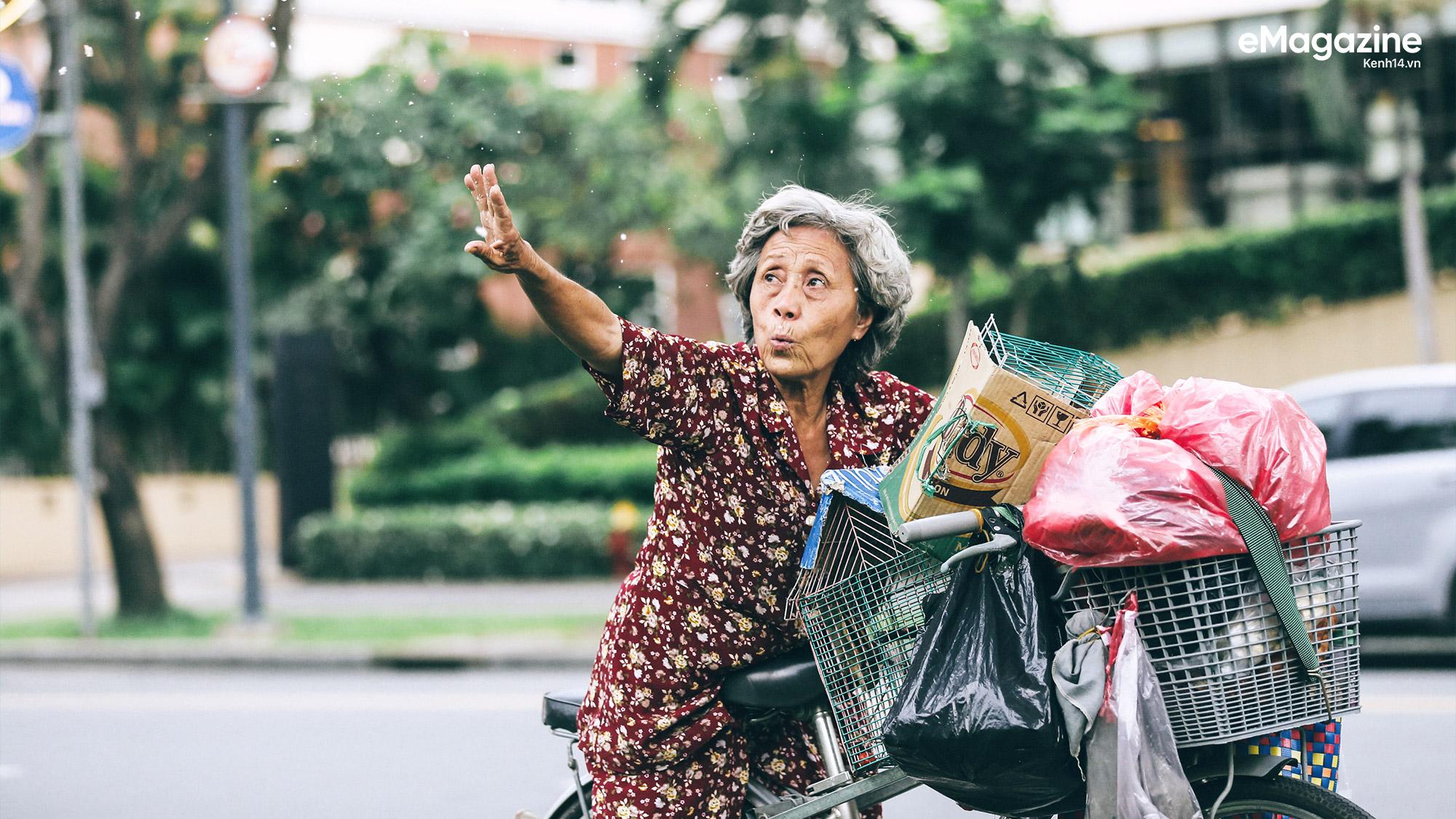 Những người Sài Gòn khùng nuôi chim trời thú hoang - Ảnh 2.