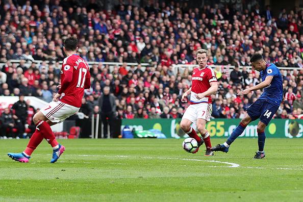 Top bàn thắng đẹp nhất vòng 28 có tên sao trẻ Man Utd - ảnh 1
