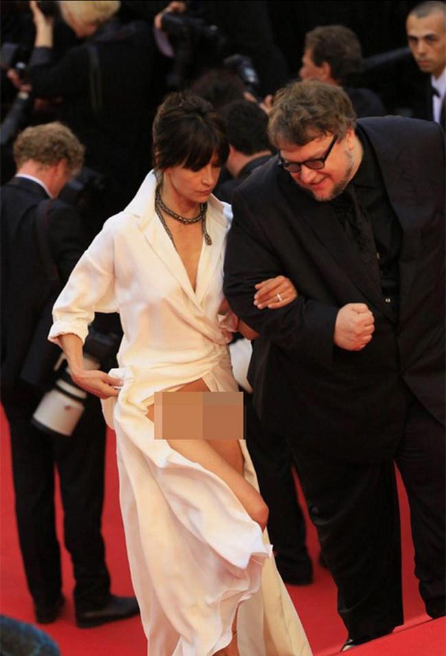 Quên những bộ cánh lộng lẫy đi, lộ hàng mới thực sự là đặc sản của thảm đỏ Cannes! - Ảnh 5.