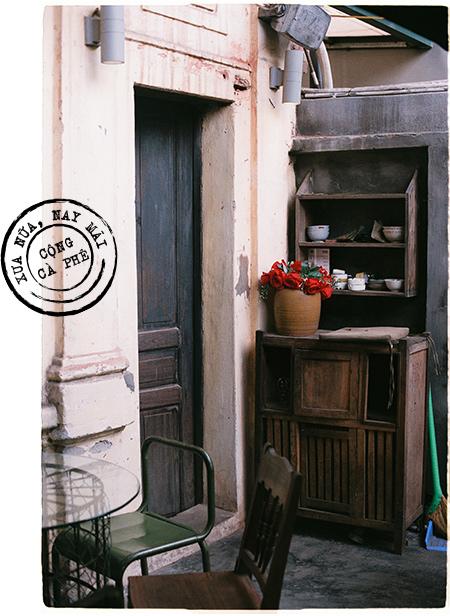 Bạn từ xa ghé Hà Nội, tôi thường dắt đến Cộng Cà phê như một nơi phải tới - Ảnh 5.