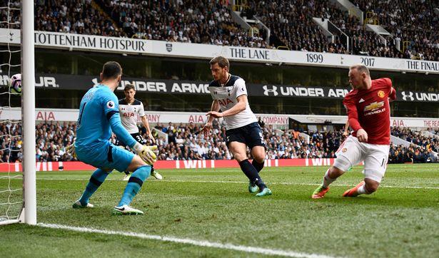 Man Utd không cần những bàn thắng khi có khi không của Rooney - Ảnh 2.