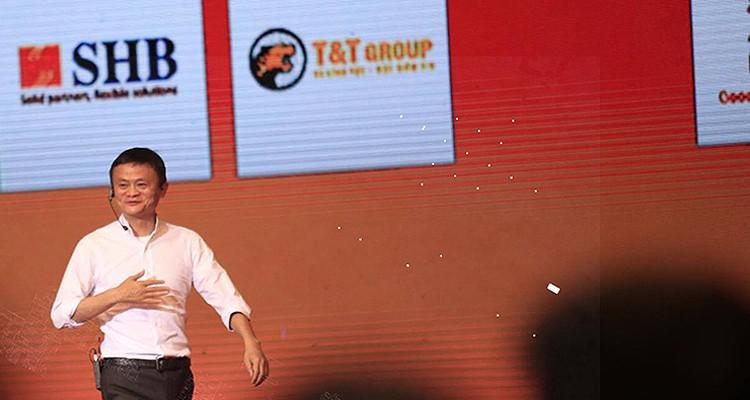 Tỷ phú Jack Ma và cuộc đối thoại đầy cảm hứng với các bạn trẻ Việt - Ảnh 4.