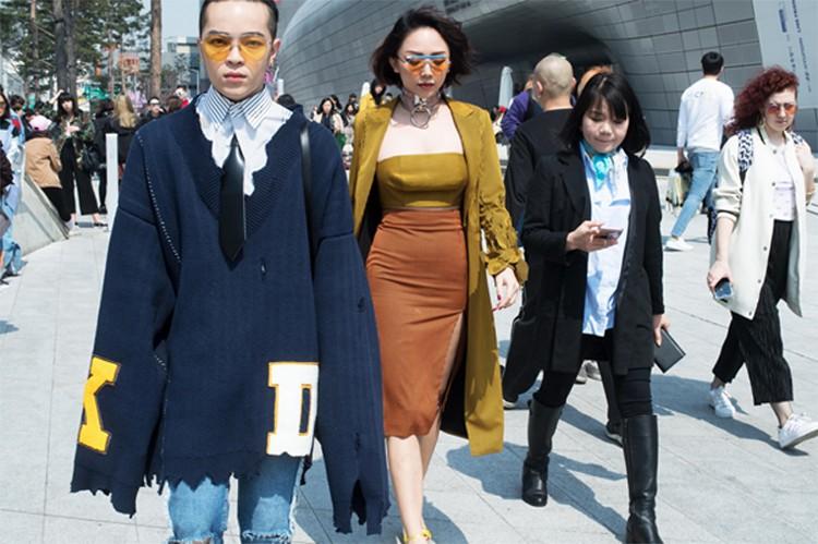 Không đơn thuần là đi khoe váy áo, sự bùng nổ của fashionista Việt tại các Tuần lễ thời trang còn có ý nghĩa nhiều hơn thế - Ảnh 5.