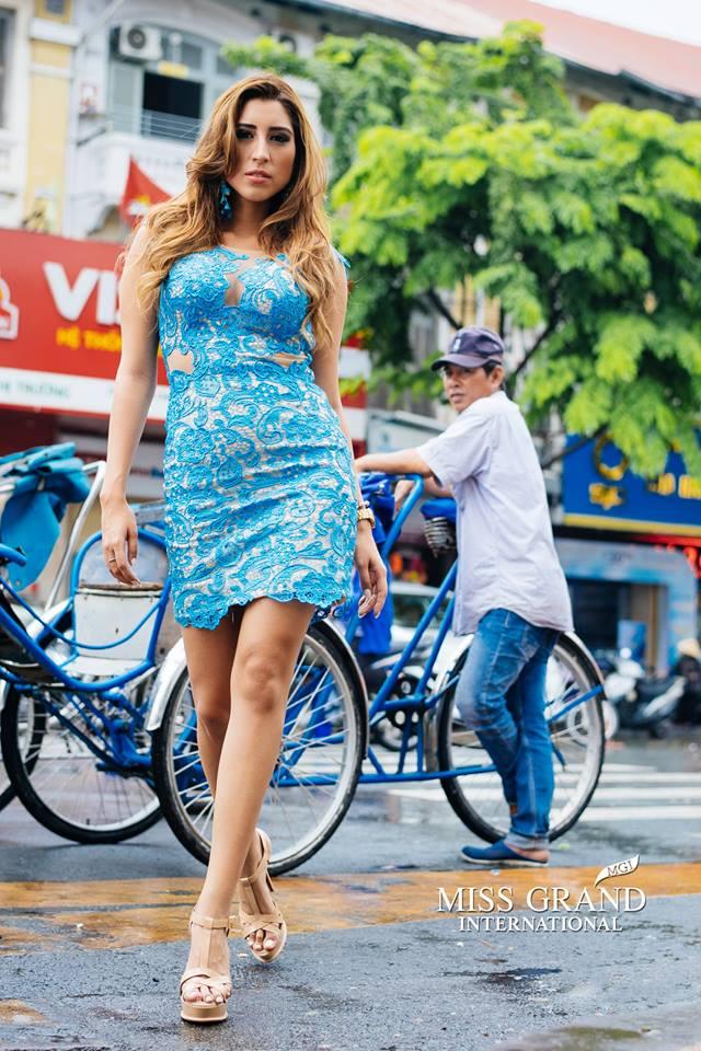 Lỗi thời trang của dàn thí sinh Miss Grand International: Người khoe hai lưng, người diện đầm như đồ cũ 10 năm trước - Ảnh 5.