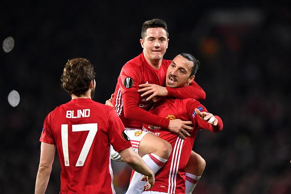 Ibrahimovic lập hat-trick, Man Utd thắng tưng bừng tại Europa League - Ảnh 8.