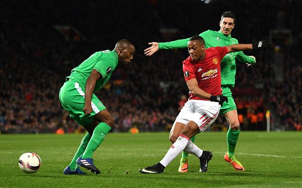 Ibrahimovic lập hat-trick, Man Utd thắng tưng bừng tại Europa League - Ảnh 9.
