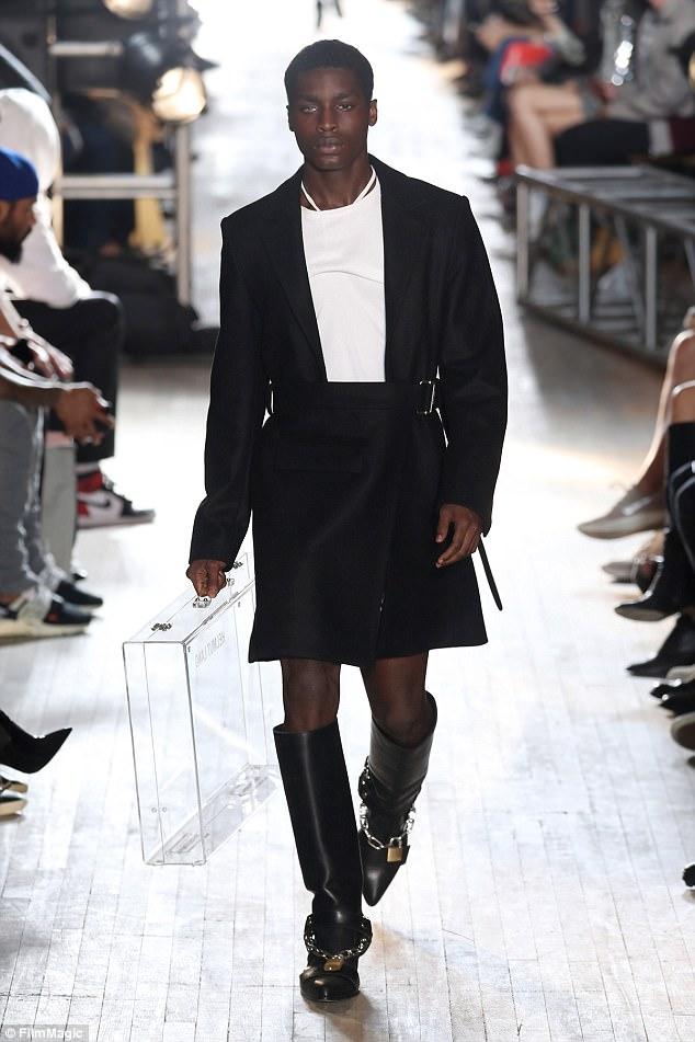 Lại thêm một tội phạm hoàn lương trở thành người mẫu tại Tuần lễ thời trang New York - Ảnh 2.