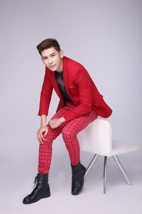 Nghệ sĩ quay cùng gameshow: Hương Giang bị sốc tâm lý ngay lúc chú Trung Dân đứng dậy đập bàn, mặt đỏ gay - Ảnh 2.
