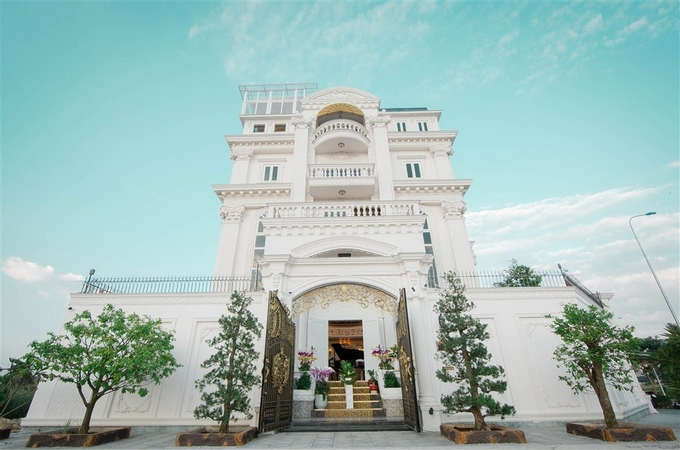 Sao Việt: Sau biệt thự dát vàng ở TP HCM, Lý Nhã Kỳ tiếp tục tậu penthouse siêu sang hơn 100 tỷ đồng tại Singapore