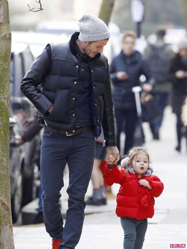 Harper Beckham: Công chúa tí hon trong vòng tay bố khiến cả thế giới phát cuồng giờ đã thành cô bé 6 tuổi phổng phao! - Ảnh 13.