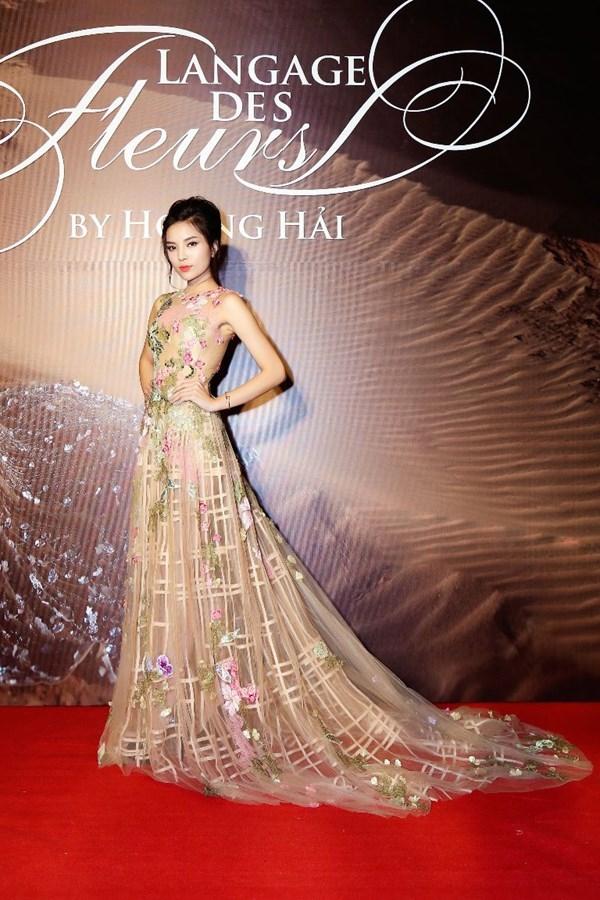 Trước khi thiết kế váy cho tân HHHV, Hoàng Hải vốn đã là NTK của mọi Hoa hậu Việt - Ảnh 7.