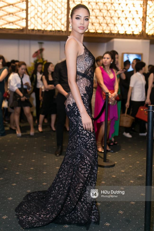 Trước khi thiết kế váy cho tân HHHV, Hoàng Hải vốn đã là NTK của mọi Hoa hậu Việt - Ảnh 16.