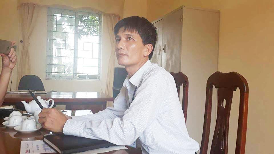 Pháp luật: Phó chủ tịch xã nhận sai khi phê bình cả nhà nữ cử nhân trong sơ yếu lý lịch
